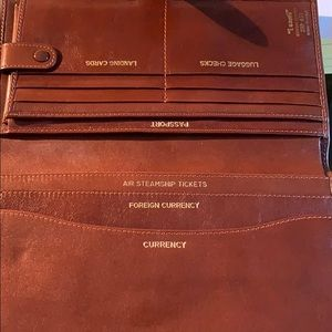 """leather Travel Kit Made in Italy. BROWN """"I Santi"""""""